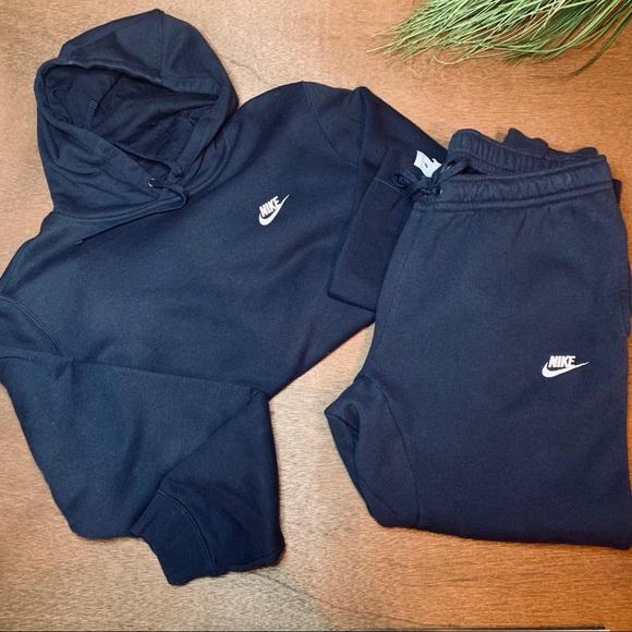 Men's Nike Fleece Hoodie & Jogger Set
